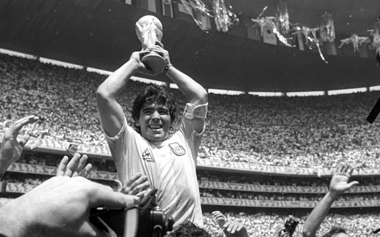 «Έφυγε» ο θρύλος του παγκόσμιου ποδοσφαίρου