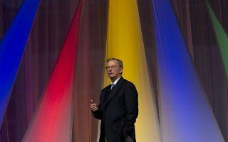 Ο πλούτος του Ερικ Σμιντ, βάσει του Bloomberg Billionaires Index, ανέρχεται σε 19 δισ. δολάρια. Φωτ.(AP Photo/Peter Dejong)