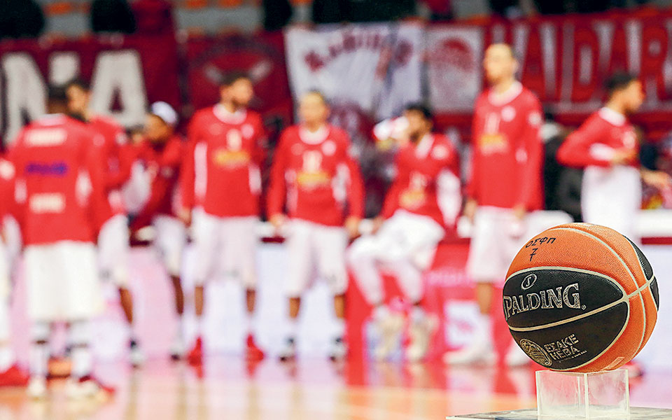 Αν η Ευρωλίγκα αποφασίσει διακοπή, ο Ολυμπιακός θα εισέλθει σε αγωνιστική απραξία, καθώς δεν συμμετέχει στις εγχώριες διοργανώσεις (φωτ. INTIME NEWS).