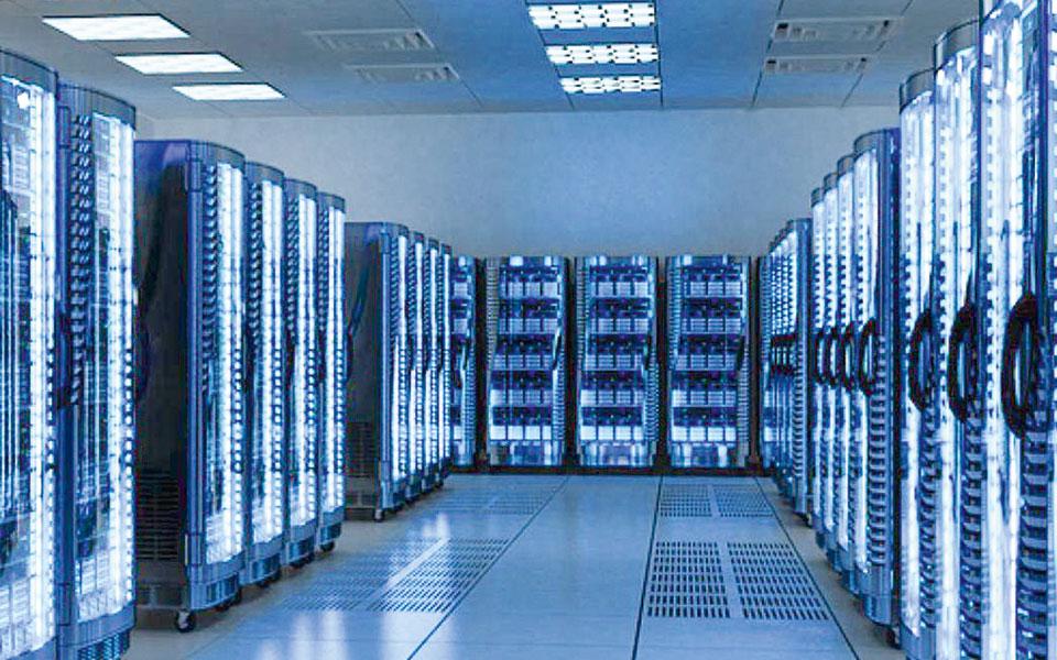 H Digital Realty εξαγόρασε την ελληνική Lamda Hellix, η οποία παρέχει υπηρεσίες data center στη Νοτιοανατολική Ευρώπη, στη Μέση Ανατολή και στη Βόρεια Αφρική, διαθέτοντας ένα πλούσιο χαρτοφυλάκιο κέντρων δεδομένων.