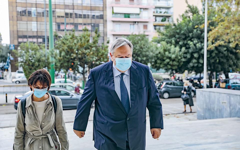 Η κατάθεση του κ. Βενιζέλου δεν ολοκληρώθηκε χθες και θα συνεχιστεί άλλη μέρα (φωτ. INTIME NEWS).