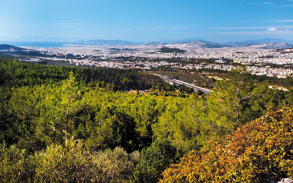 Ο Υμηττός είναι ένα από τα πιο γενναιόδωρα βουνά της Αττικής.