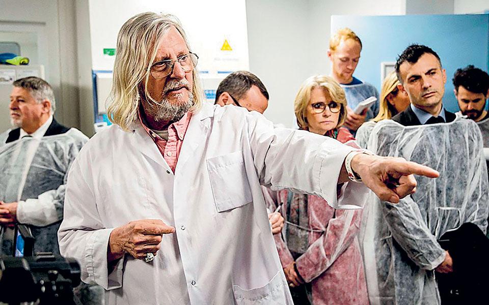O καθηγητής Ντιντιέ Ραούλ, ο πρώτος και βασικός «διαφημιστής» της υδροξυχλωροκίνης ως θεραπείας της COVID-19, κλήθηκε σε απολογία ενώπιον της επιτροπής δεοντολογίας του γαλλικού ιατρικού συλλόγου (φωτ. A.P.).