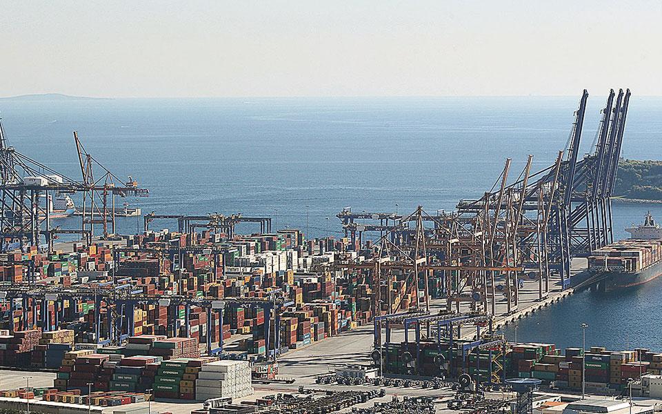Το 2020 προβλέπεται ότι οι ελληνικές εξαγωγές θα μειωθούν κατά 18,8%.