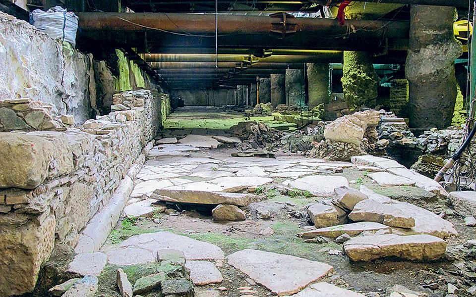 «Η παραμονή του μοναδικού ανά την υφήλιο αρχαίου τοπίου θα μετασχηματίσει τη δεύτερη πόλη της Ελλάδας και του Βυζαντίου σε μια κοσμόπολη, με τους τουρίστες να αφθονούν», αναφέρει στην απάντησή της η Κίνηση Πολιτών Θεσσαλονίκης (φωτ. INTIME NEWS).