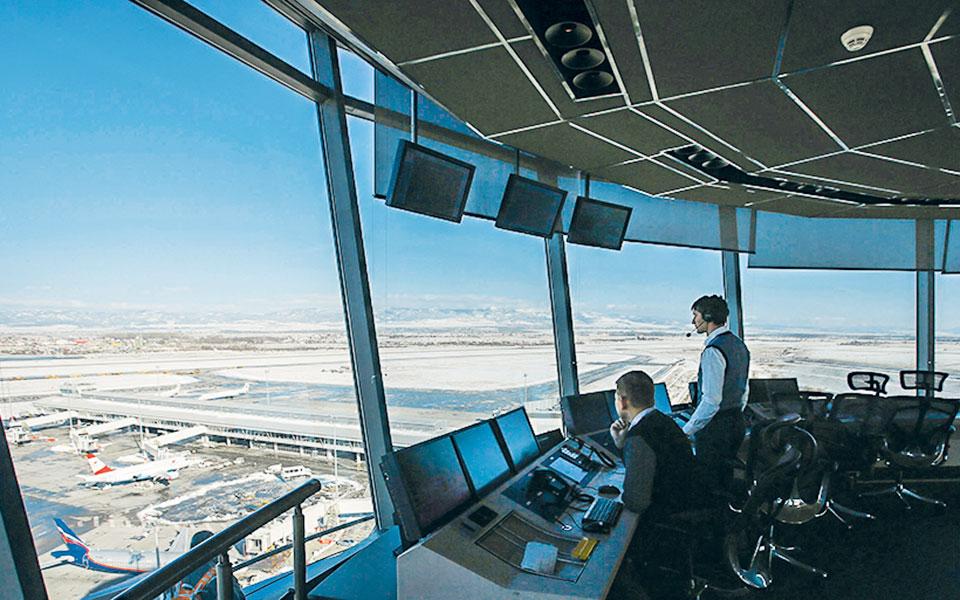 Οι επενδύσεις για τον εκσυγχρονισμό των συστημάτων αεροναυτιλίας μπορούν να μειώσουν το κόστος για τις αεροπορικές.