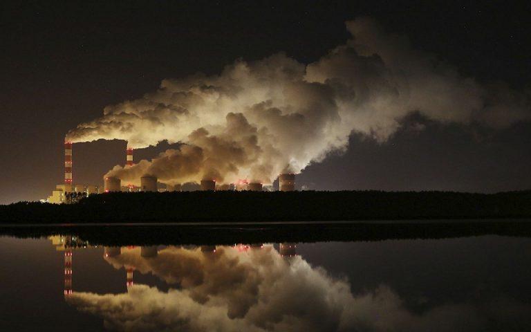 Παρά τα λοκντάουν, οι εκπομπές διοξειδίου άνθρακα αυξάνονται