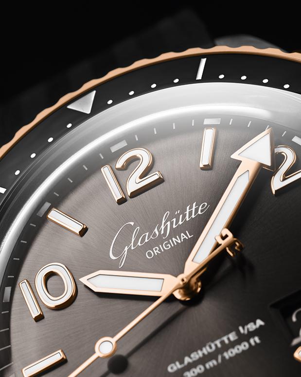 glashutte-original-seaq-panorama-date-editions-20203