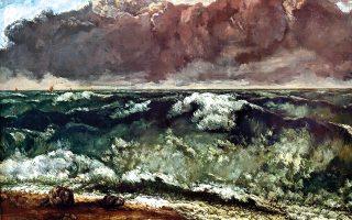 Στη θαλασσογραφία του Γκουστάβ Κουρμπέ «Φουρτουνιασμένη θάλασσα» ο καλλιτέχνης ζωγραφίζει το νερό σαν απολιθωμένο ορυκτό, σαν έναν μαλαχίτη σπασμένο στα δύο. © VISUALHELLAS.GR