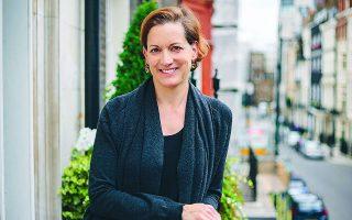 Η Αν Απλμπαουμ είναι ιστορικός, δοκιμιογράφος στο περιοδικό The Atlantic. Φωτ. Kristeligt Dagblads Forlag