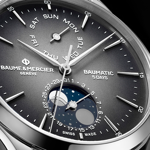 baume-amp-038-mercier-clifton-baumatic-day-date-moon-phase3