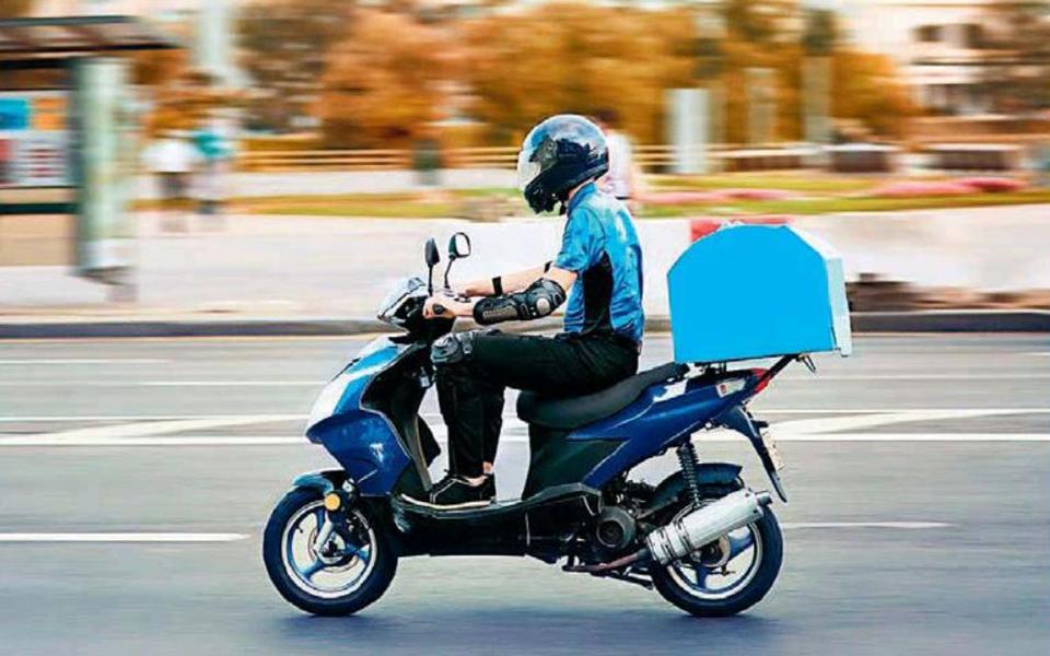 kanonika-to-delivery-kai-to-take-away-apo-tis-9-m-m-eos-tis-5-p-m0