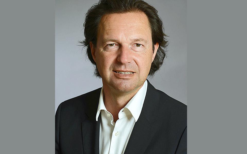 Ο κ. Αλέξανδρος Σ. Κρητικός είναι οικονομολόγος, διευθυντής Έρευνας στο Γερμανικό Ινστιτούτο Οικονομικών Ερευνών (DIW Berlin) και καθηγητής Οικονομικών στο Πανεπιστήμιο του Potsdam.