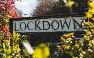 vretania-to-lockdown-lexi-tis-chronias-gia-to-20200