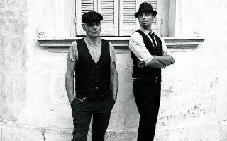 Ο Χρήστος Κουτσογιάννης - Voodoo Drummer και ο Γιώργος Τζιουβάρας - Tenorman είναι οι Opera Chaotique. Φωτ. ΘΑΝΟΣ ΜΥΛΩΝΕΡΟΣ