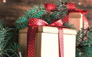 Μπορεί τα παιδιά να έχουν ήδη στείλει γράμματα στον Αγιο Βασίλη, αλλά αυτός τελικά ίσως να μην μπορέσει να φέρει τα δώρα εγκαίρως (φωτ. Shutterstock).