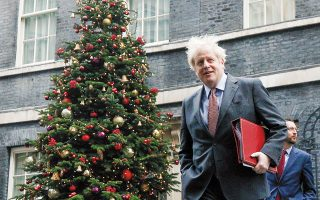 Aποφασιστικής σημασίας είναι η συνάντηση του Βρετανού πρωθυπουργού Μπόρις Τζόνσον με την πρόεδρο της Κομισιόν Ούρσουλα φον ντερ Λάιεν (φωτ. A.P. / Matt Dunham).