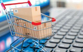 Τον Απρίλιο, μήνα επιβολής του πρώτου lockdown, η αύξηση των συναλλαγών μέσω καρτών στο ηλεκτρονικό εμπόριο έφτασε το 39%.