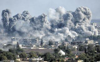 «Οι υποψίες και μόνο αρκούσαν για να γεμίσουν οι δρόμοι πτώματα και να εξαφανιστούν άνθρωποι για πάντα, χωρίς ίχνος», γράφει ο Χαλίφα, επισημαίνοντας την αναλγησία του πολέμου. (Φωτ. SHUTTERSTOCK)