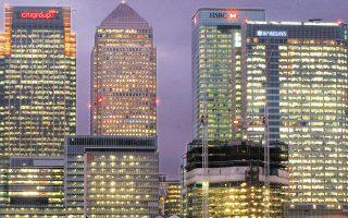 Οι 12 μεγαλύτερες ξένες τράπεζες απασχολούσαν συνολικά περισσότερους από 70.000 υπαλλήλους στο City όταν έγινε το δημοψήφισμα. Υστερα από πέντε χρόνια, είναι περιορισμένες οι περικοπές θέσεων εργασίας.