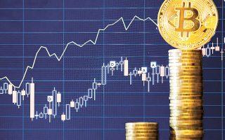 Πέρα από ένθερμους υποστηρικτές, το bitcoin έχει και φανατικούς εχθρούς, όπως ο Γουόρεν Μπάφετ που το παρομοιάζει με τυχερό παιχνίδι και ο οικονομολόγος Νουριέλ Ρουμπινί, ο οποίος το χαρακτηρίζει «μεγάλη απάτη».
