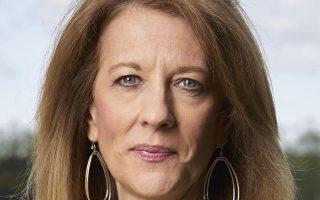 Στον ρόλο του σύγχρονου χρήματος εστιάζει η καθηγήτρια Stephanie Κelton στο νέο της βιβλίο.