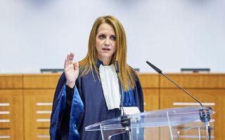 Η ορκωμοσία της κ. Τσίρλη χθες. Είχε εκλεγεί γραμματέας του ΕΔΔΑ στις 7 Σεπτεμβρίου από την ολομέλεια του δικαστηρίου.