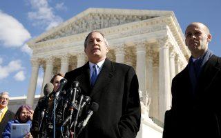 Ο γενικός εισαγγελέας του Τέξας, Κεν Πάξτον (Φωτ.: Reuters)