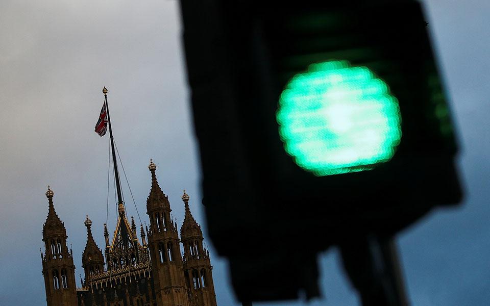 istoriki-symfonia-londinoy-e-e-gia-to-brexit2
