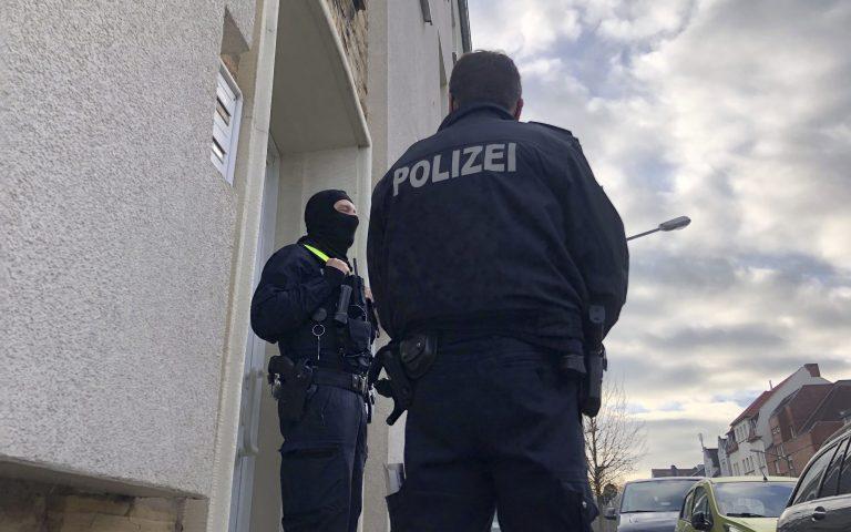 Τρεις σοβαρά τραυματίες από πυρά σε συνοικία του Βερολίνου