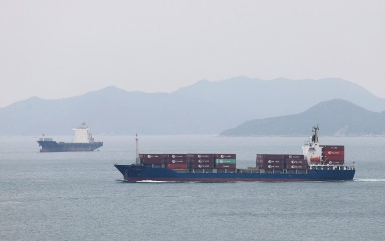 Η «τέλεια καταιγίδα» για την εμπορική ναυτιλία