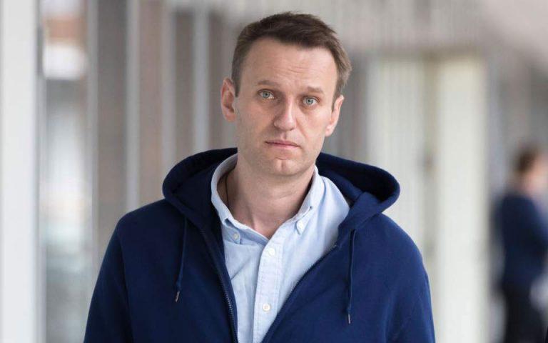 Διεθνή ΜΜΕ: Ο Ναβάλνι προφανώς δηλητηριάστηκε από τη ρωσική υπηρεσία πληροφοριών FSB