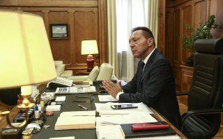Η αποτελεσματική αξιοποίηση των πόρων του Ταμείου Ανάκαμψης θα ενισχύσει τις αναπτυξιακές προοπτικές της ελληνικής οικονομίας, ανέφερε ο κ. Στουρνάρας μιλώντας σε εκδήλωση του Ελληνοαμερικανικού Επιμελητηρίου. Φωτ.AP Photo/Yorgos Karahalis