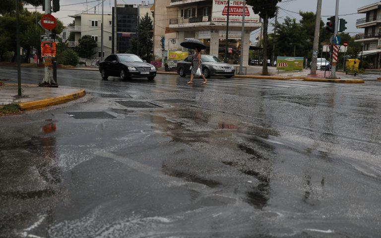 Καιρός: Ισχυρές βροχές και καταιγίδες