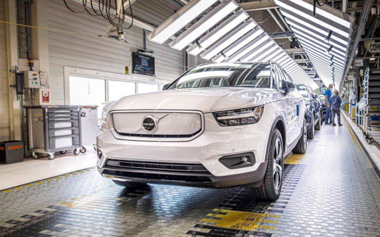 Η Volvo Cars τριπλασιάζει τη δυναμικότητα παραγωγής ηλεκτρικών οχημάτων