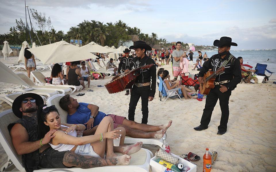 mexiko-to-ilioloysto-kai-epikindyno-anti-amp-8211-covid-katafygio-ton-amerikanon8