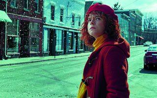 ΗΤζέσι Μπάκλεϊ πρωταγωνιστεί στην ταινία του Netflix «Σκέφτομαι να βάλω τέλος».