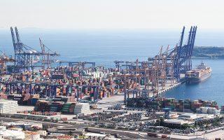 Το λιμάνι του Πειραιά δείχνει να διαθέτει ισχυρά αντισώματα τόσο λόγω των παρεχομένων υπηρεσιών όσο και της στρατηγικής του θέσης.