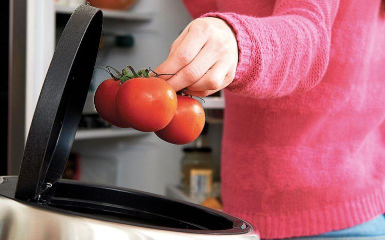 Οι προσφορές οδηγούν τρόφιμα στα σκουπίδια