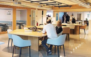 Οι εταιρείες που νοικιάζουν γραφεία απαιτούν συνεχώς αλλαγές σε ετήσια βάση, έναντι μιας τυπικής πενταετούς ή δεκαετούς μίσθωσης.