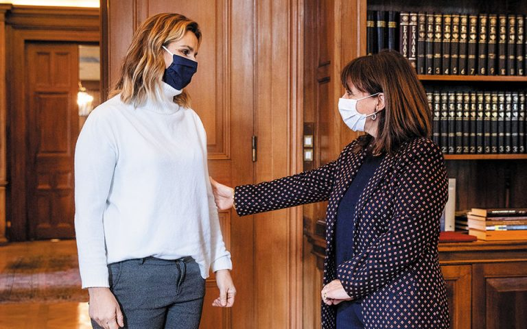 Σακελλαροπούλου – Μπεκατώρου: Λύστε τη σιωπή