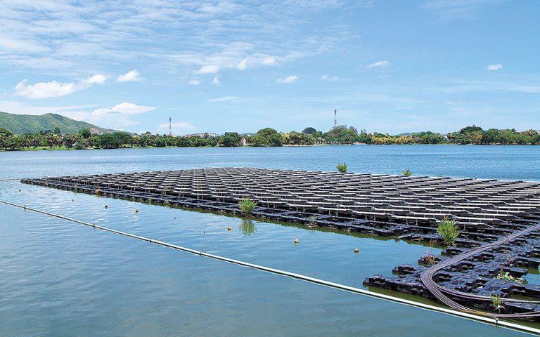 Ισχυρό επενδυτικό ενδιαφέρον για πλωτά φωτοβολταϊκά πάρκα