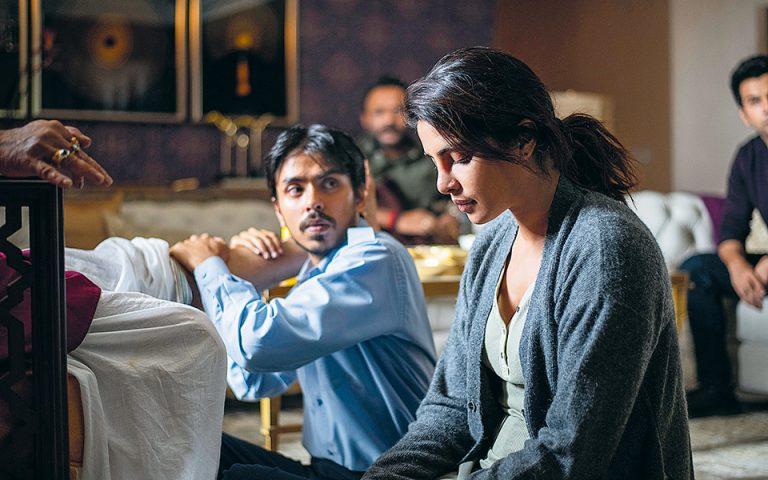 Οπισθοδρόμηση και ίντριγκες στο Νέο Δελχί