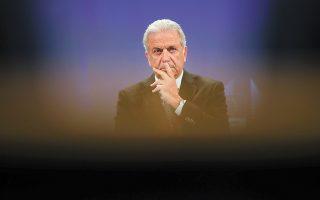 Μέσα από τη συνέντευξή του, ο κ. Δημήτρης Αβραμόπουλος προαναγγέλλει την πρόθεσή του να επιστρέψει στη Βουλή μέσω της Α΄Αθηνών. (Φωτ. A.P. / Francisco Seco)