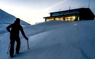 Σε ορειβατικά περιοδικά, το «Ξερολάκι» περιγράφεται ως περιοχή με επαρκή χιονοκάλυψη, όπου επικρατούν δυσμενείς καιρικές συνθήκες και ο κίνδυνος χιονοστιβάδας είναι ιδιαίτερα αυξημένος (φωτ. αρχείου, INTIME NEWS).