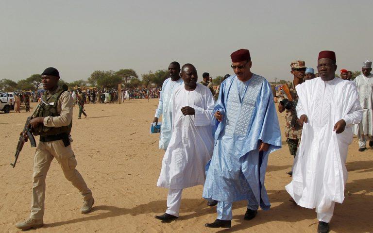 Νίγηρας: 100 νεκροί σε επιθέσεις εναντίον δύο χωριών