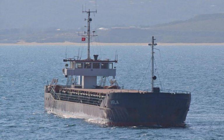 Προσάραξη φορτηγού πλοίου στη Λευκάδα