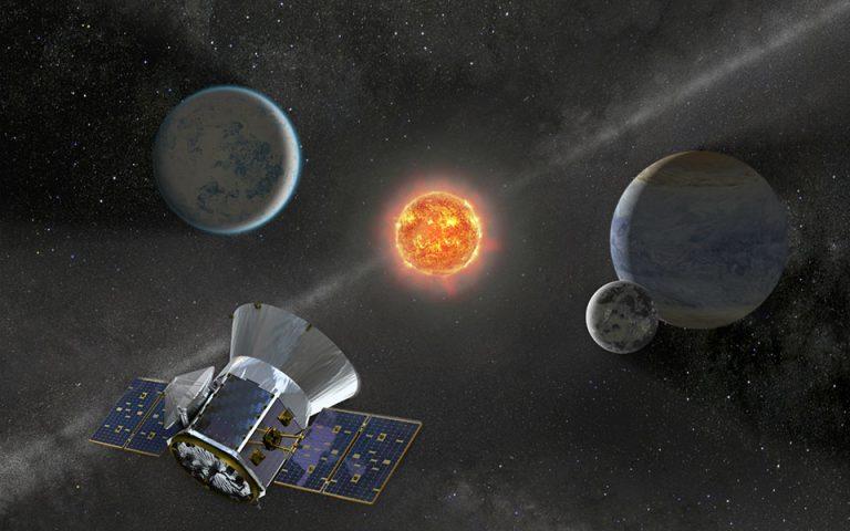 Ανακαλύφθηκε ασυνήθιστο αστρικό σύστημα με έξι ήλιους και έξι εκλείψεις