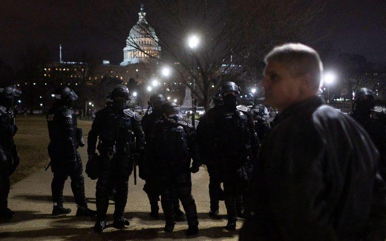 Διεθνής Τύπος: Η αμερικανική δημοκρατία υπό πολιορκία