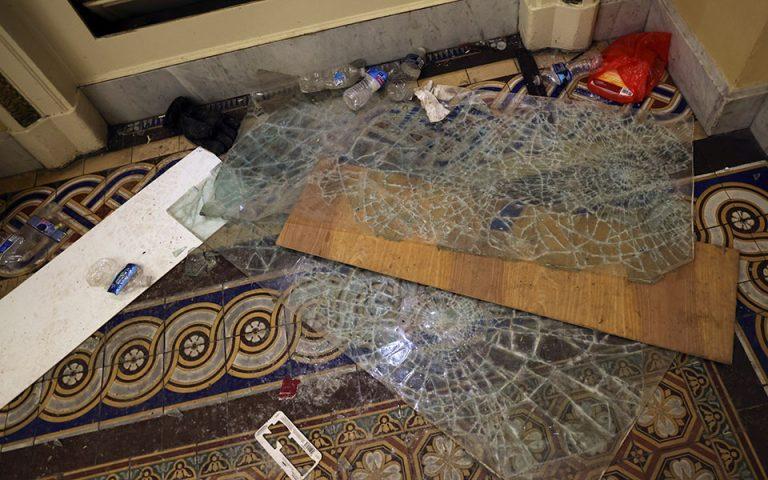Εισβολή στο Καπιτώλιο: Εικόνες από τις ζημιές που προκάλεσε ο όχλος